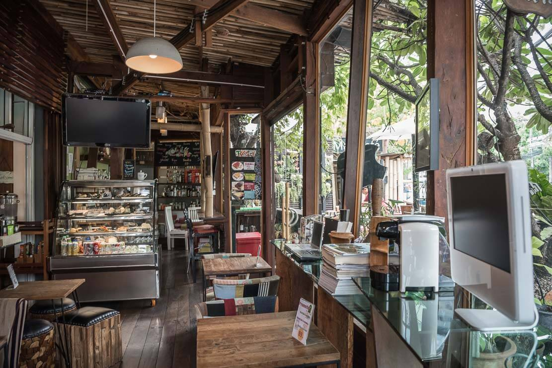 thailand-chiang-mai-co-working-space-mac-cafe-