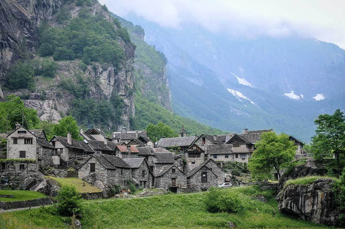 Village of Sonlèrt (Sonlerto) in Val Bavona in Ticino, Switzerland