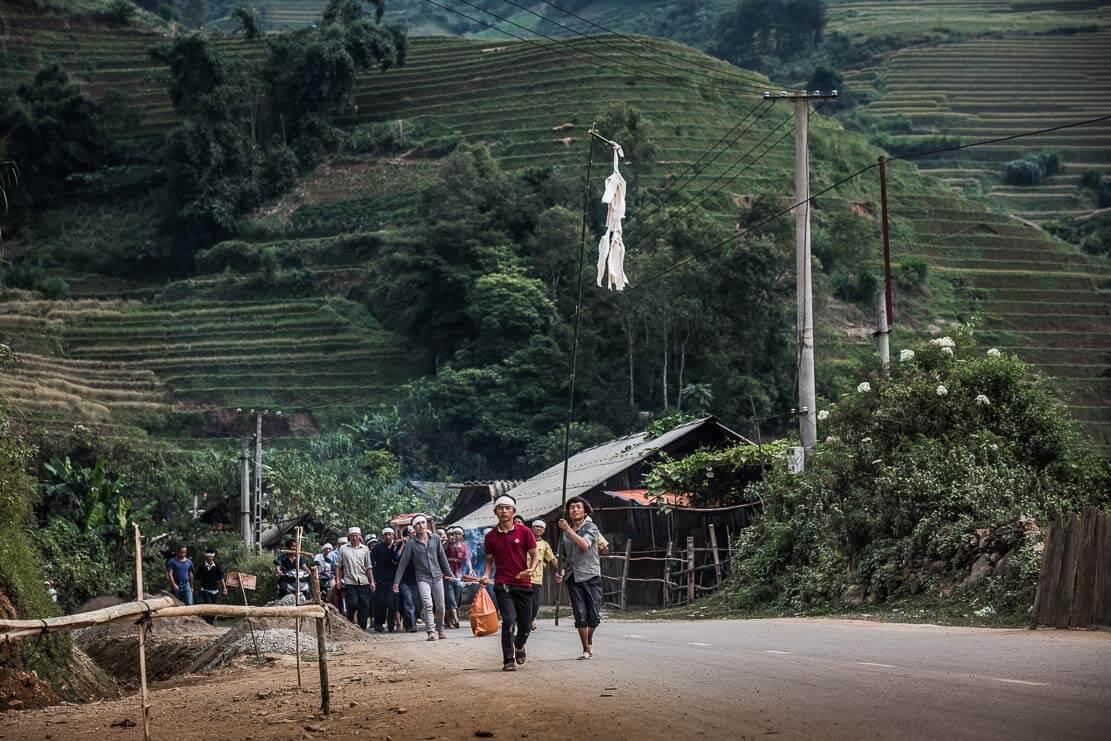 vietnam-hmong-funeral-013