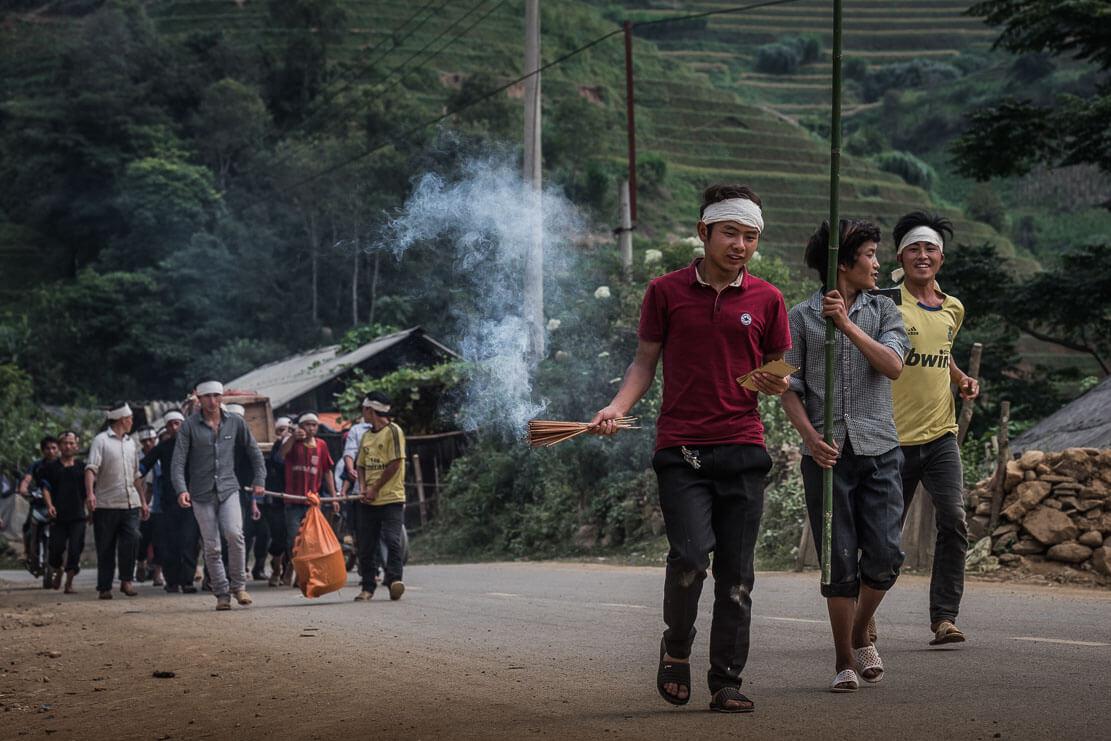 vietnam-hmong-funeral-014