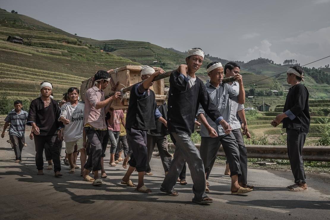 vietnam-hmong-funeral-015