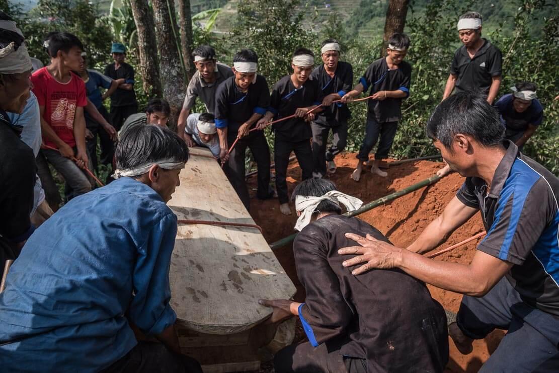 vietnam-hmong-funeral-026