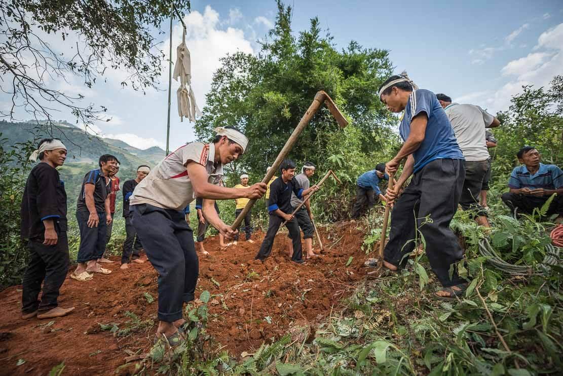 vietnam-hmong-funeral-033