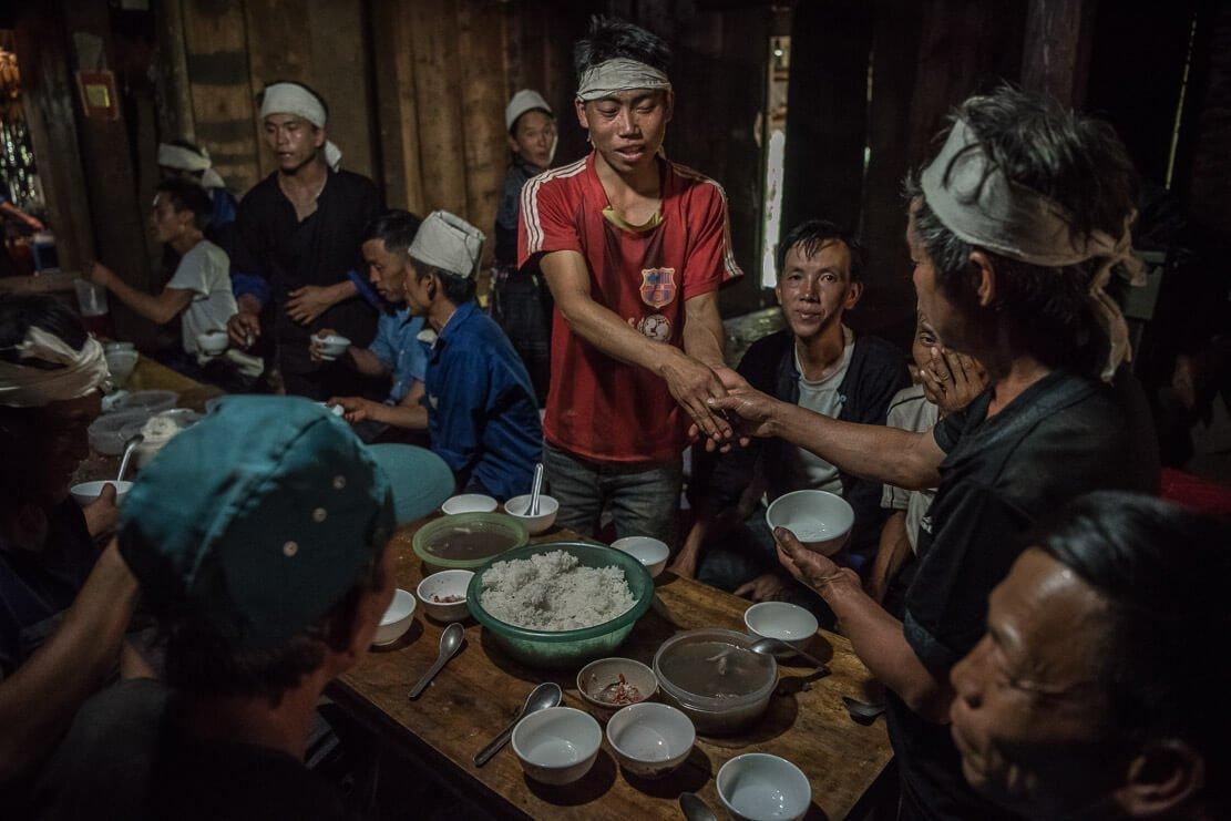 vietnam-hmong-funeral-038