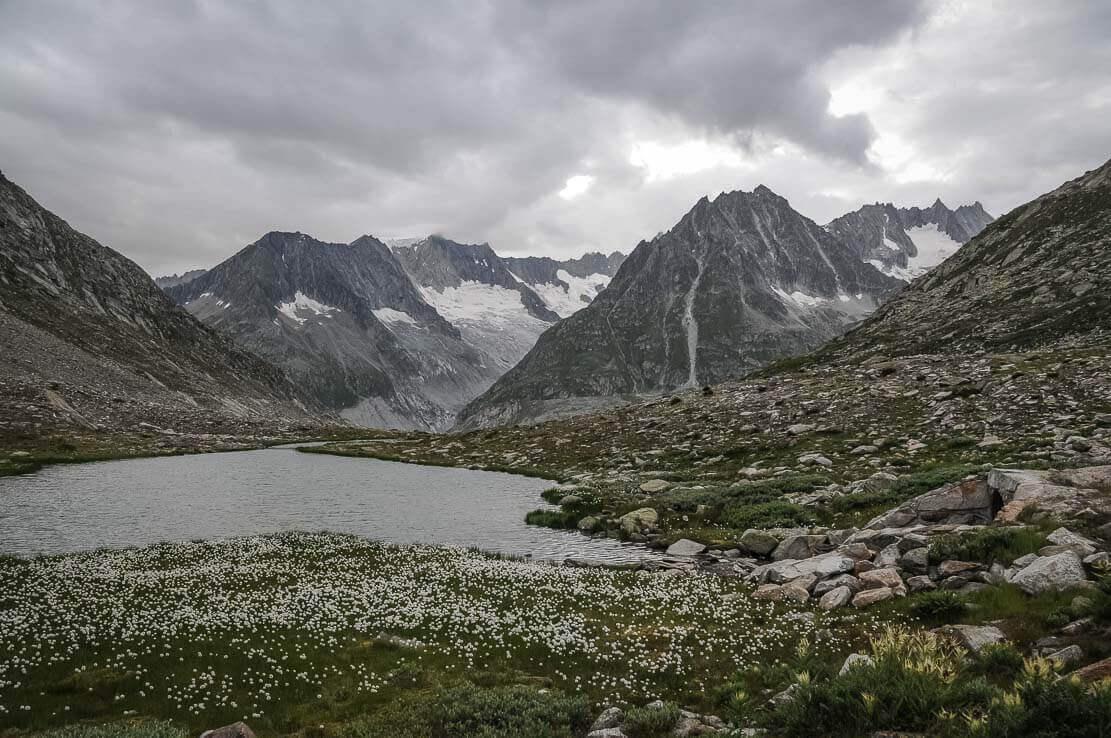 Randonnée en Suisse au Lac Märjelesee et glacier d'Aletsch