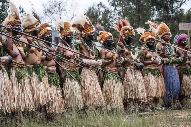 Papua New Guinea festivals: dancers from Enga province at Enga Cultural Show in Wabag
