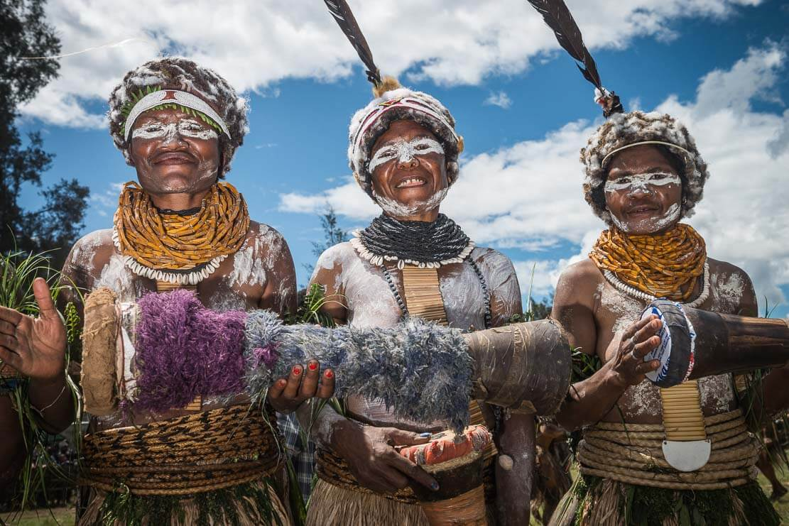 Papua New Guinea festivals: sing sing groups from Enga province at Enga Cultural Show in Wabag