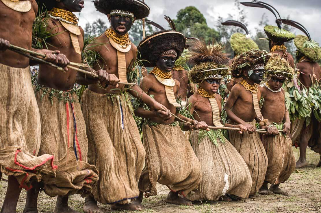 the enga horticulturalist tribe of papau new guinea essay For hundreds of years, the anga tribe in the remote, mountainous region of papua new guinea's morobe province has been practicing the ritual preservation of their dead with fire and clay.