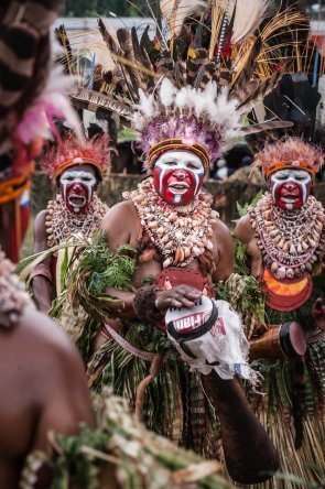 Papua New Guinea festivals: colourful dancers from Western Highlands and Jiwaka provinces at Enga Cultural Show in Wabag