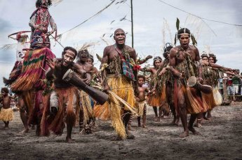 Sing sing groups at Gulf Mask Festival in Gulf province in Papua New Guinea