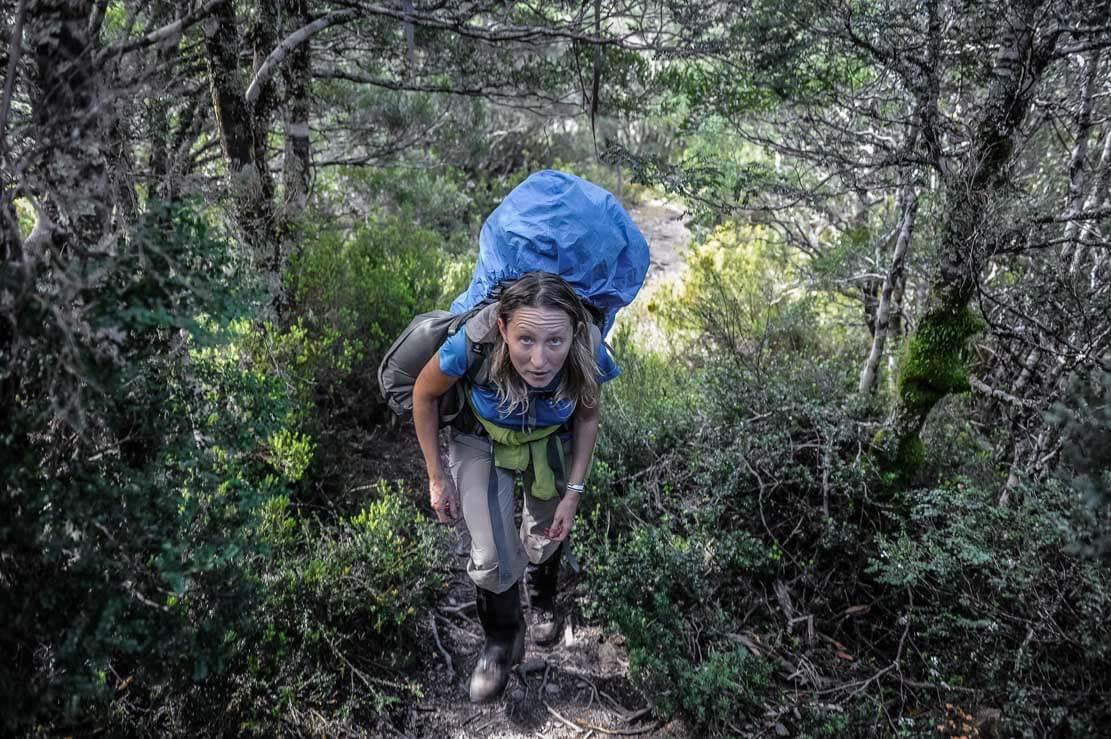 Walking from New Pelion Hut to Kia Ora Hut