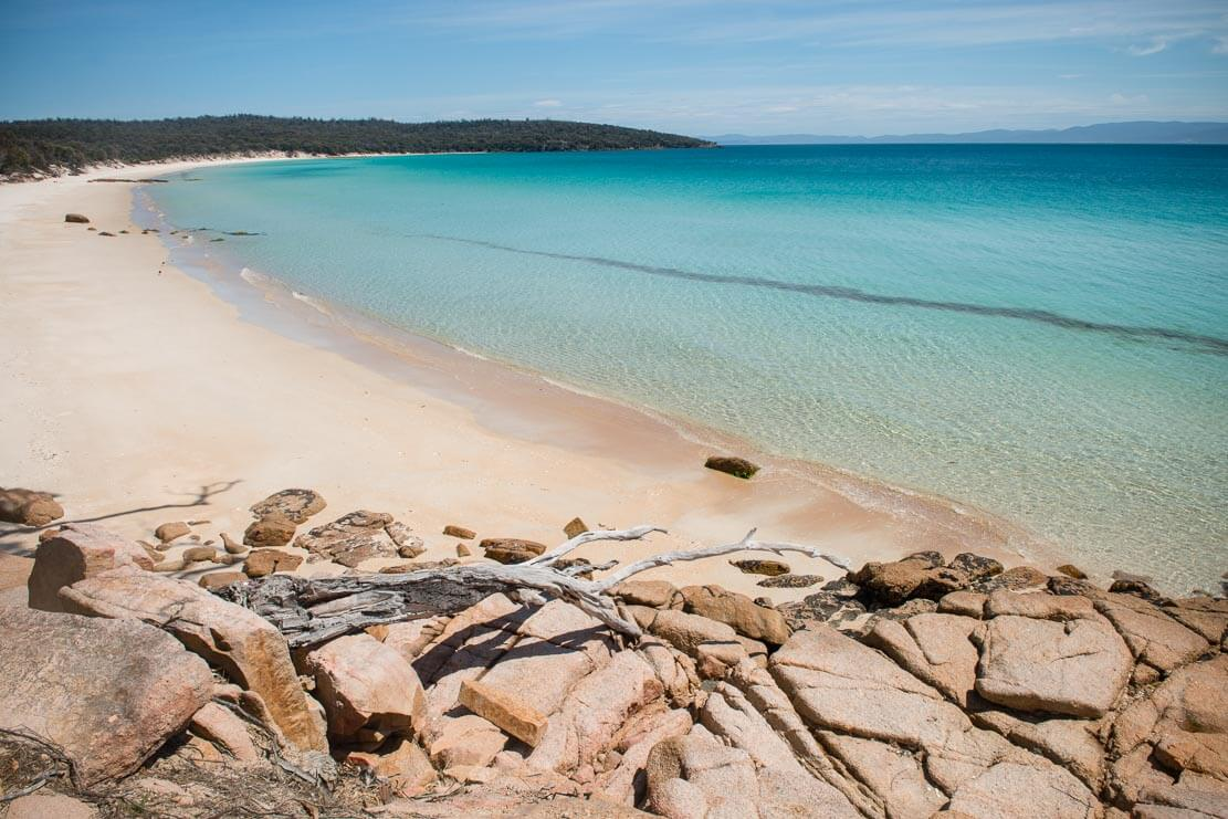 Cooks Beach in Freycinet National Park in Tasmania